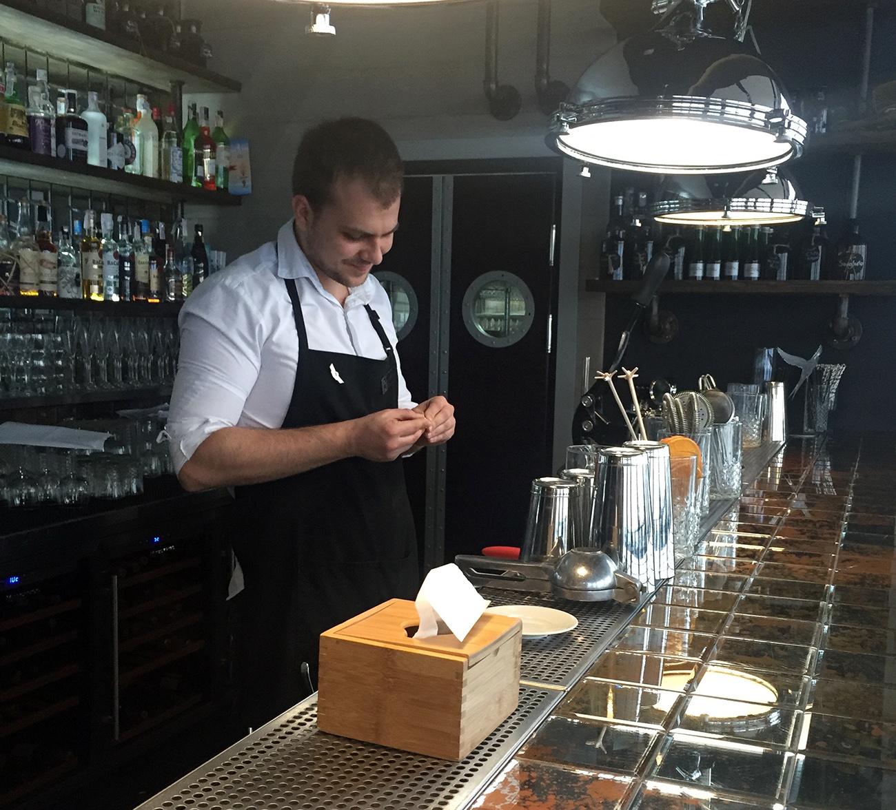 Prosecco бармен