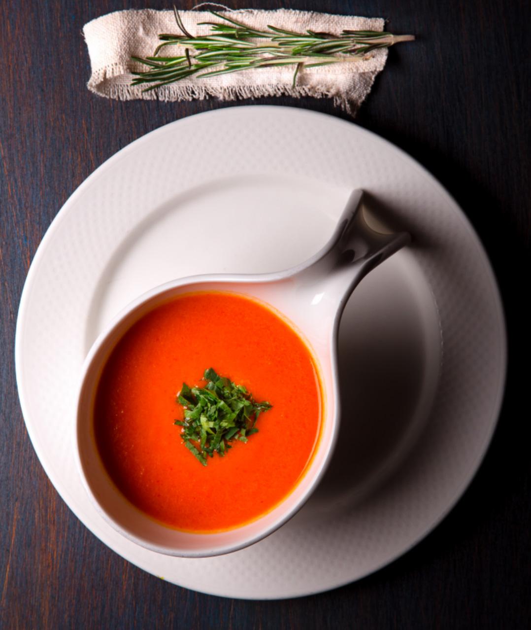 Пряный суп из перца обойдётся в 69 лей ($3,5).