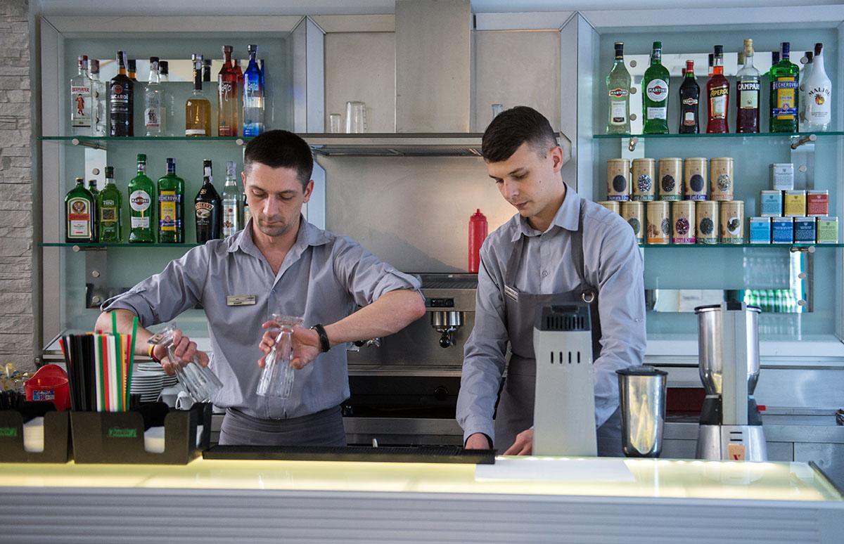 5-element-bartenders