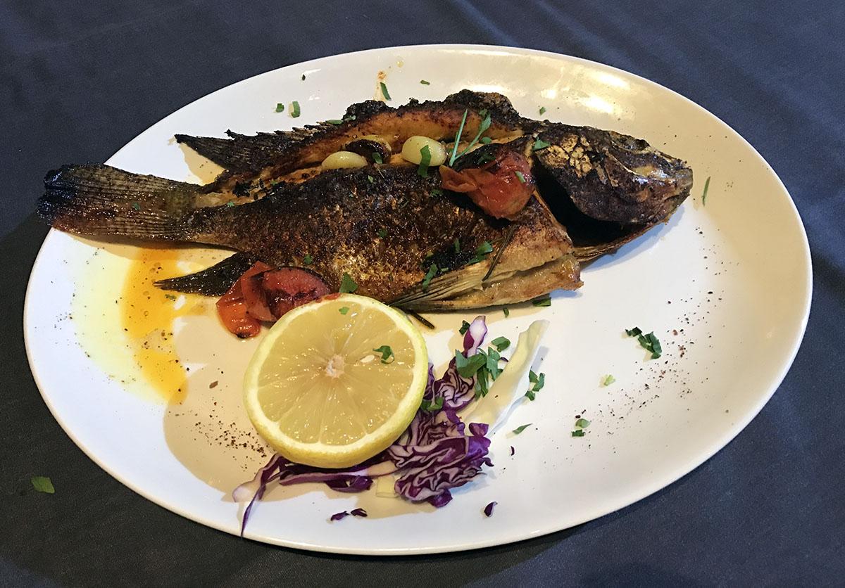 В стограммовом кусочке рыбы содержится половина суточной нормы белка.