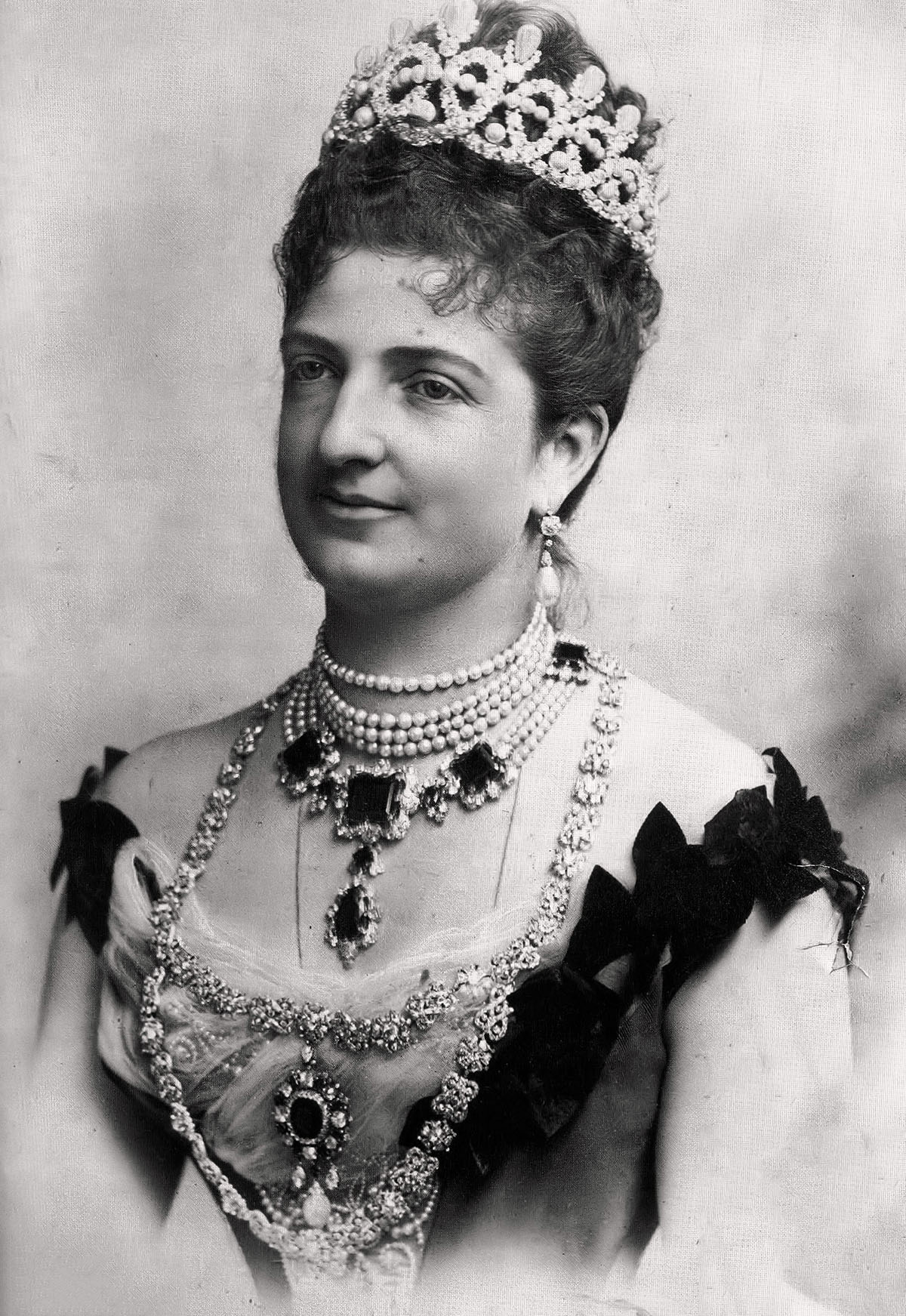 Королевская улыбка Маргариты Савойской, в честь которой названа пицца «Маргарита».